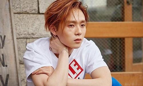 Ban trai Hyuna chinh thuc roi khoi nhom sau scandal hen ho