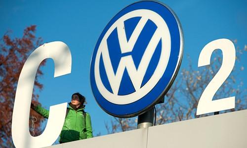 Volkswagen se ngung san xuat xe dong co diesel va xang