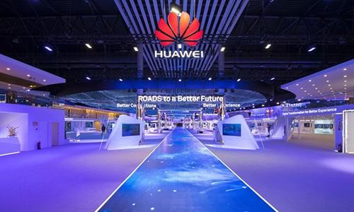Bao nhieu noi 'tay chay', nuoc nay lai moi Huawei den thiet lap mang luoi 4G