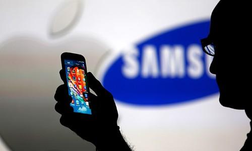 Samsung bat Apple nop phat vi khong mua du man OLED-Hinh-2