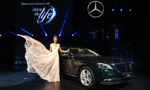 Mercedes-Benz Fascination 2019 sap khai man tai Ha Noi-Hinh-2