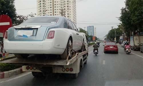 Xe sieu sang Rolls-Royce Phantom VIII bien Lao cap ben Viet Nam