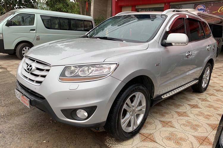 Hyundai Santa Fe SLX dung hon 10 nam ban hon 600 trieu dong