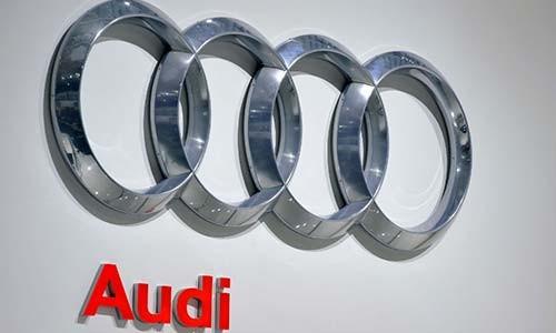 Audi trieu hoi hon 100 nghin xe loi tui khi Takata