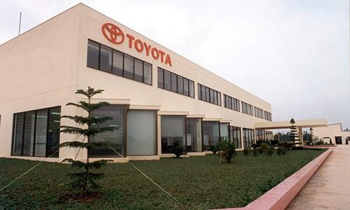 Toyota Viet Nam tam dung san xuat oto tranh dich Covid-19