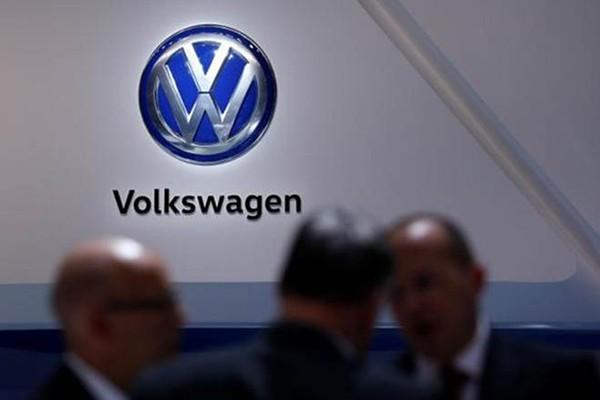 Volkswagen go bo quang cao, xin loi ve su co phan biet chung toc-Hinh-2
