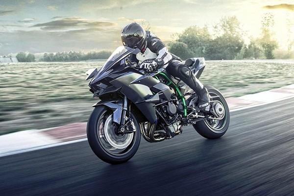 Sieu moto Kawasaki H2R toc do 400km/h sap ngung san xuat
