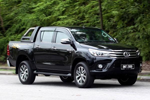 Gan 13.000 xe Toyota Hilux va Fortuner dinh loi tro luc phanh