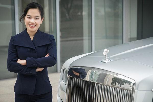 Hang xe Rolls-Royce cong bo nha phan phoi moi tai Viet Nam-Hinh-2