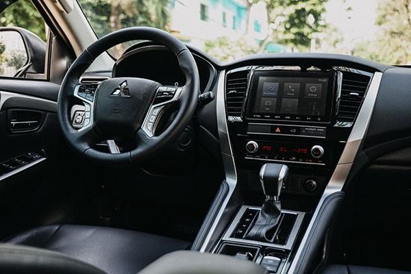 Lua chon Mitsubishi Pajero Sport hay Fortuner Legender ban 1 cau?-Hinh-7