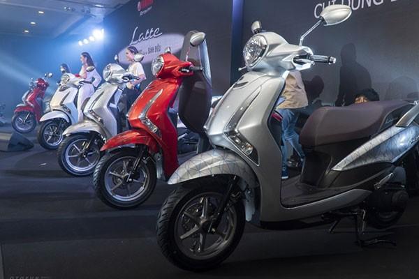 Doanh so xe may Honda nam 2020 sut giam, Yamaha tru vung-Hinh-2