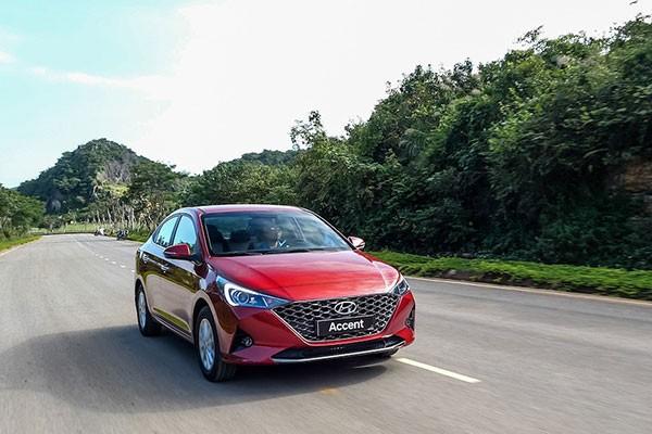 Hon 3000 xe oto Hyundai den tay khach Viet thang 2/2021