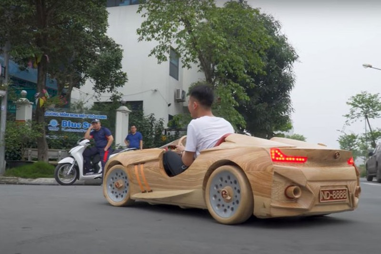 Ong bo tre Bac Ninh tiep tuc che tao oto BMW bang go tang con-Hinh-2