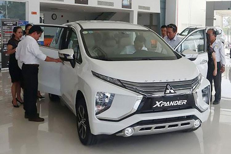 Mitsubishi Xpander va nhieu mau xe khan hang do thieu linh kien