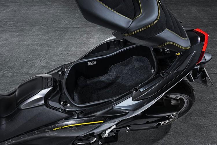 Xe ga Yamaha Tmax 560 2021 ban ra toi 300 trieu dong-Hinh-5