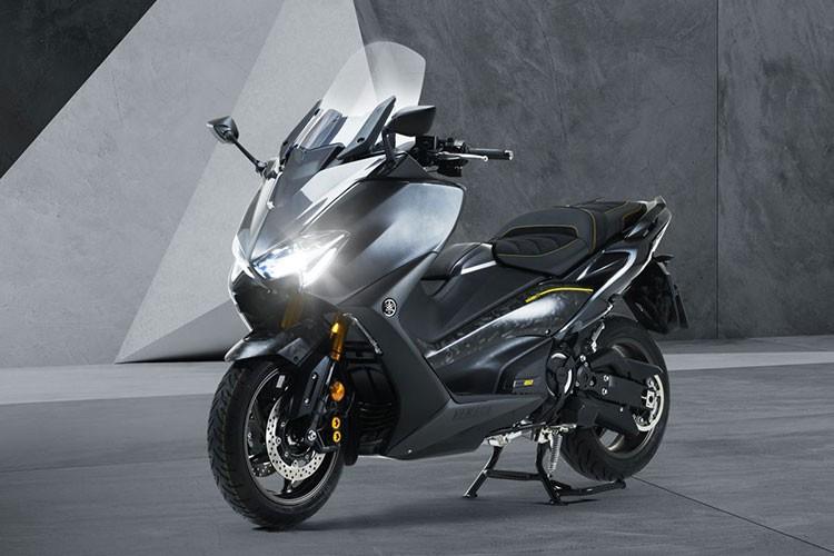 Xe ga Yamaha Tmax 560 2021 ban ra toi 300 trieu dong