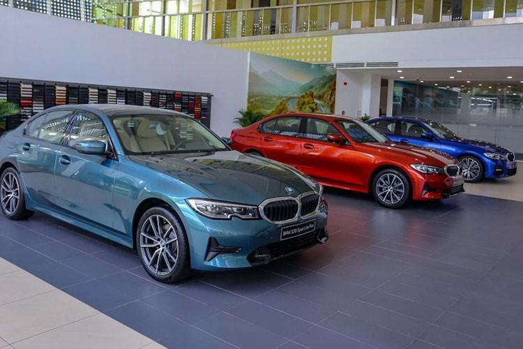 BMW 3-Series dang giam toi 130 trieu dong tai Viet Nam-Hinh-2