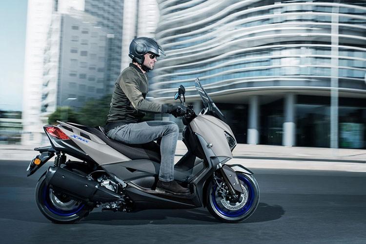 Yamaha Xmax 300 2021 moi - doi thu dang gom cua Honda Forza 300-Hinh-7
