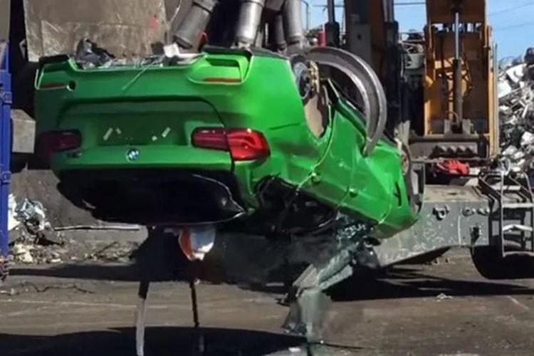 BMW M3 Touring do phu kien an cap, bi canh sat nghien nat