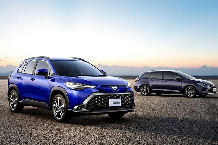 Toyota Corolla Cross 2021 chi tu 412 trieu dong tai Nhat Ban