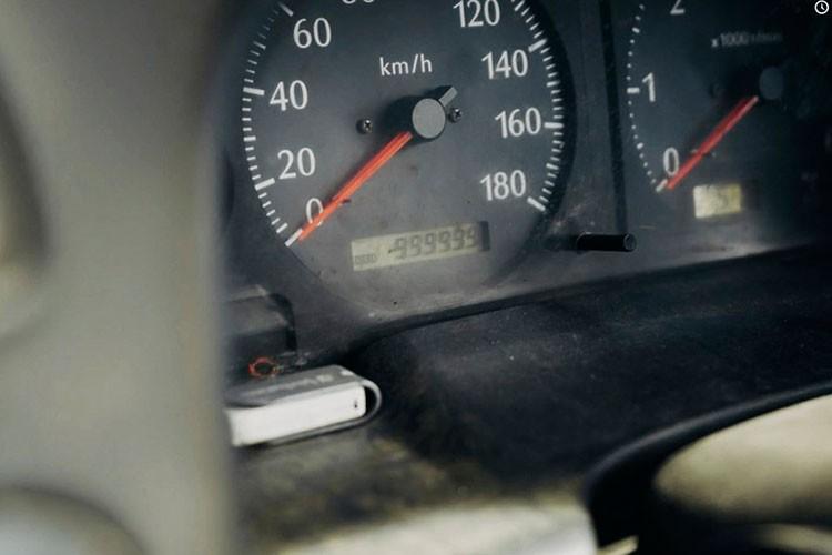 Nissan Patrol chay hon 1 trieu km trong 16 nam, van song khoe-Hinh-2