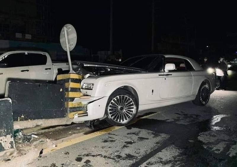 Rolls-Royce Phantom tai nan
