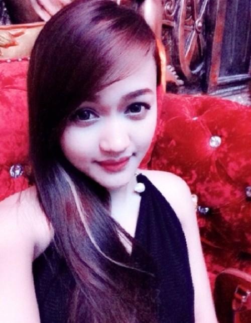 Mua xe khung 28 ty, hot girl Tuong Vy giau co nao-Hinh-5