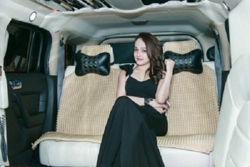 Mua xe khung 28 ty, hot girl Tuong Vy giau co nao