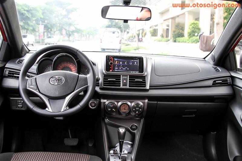 Xe Toyota Yaris 2014 nhap tu Thai Lan hut khach Viet Nam-Hinh-3