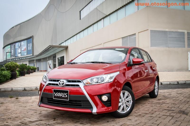 Xe Toyota Yaris 2014 nhap tu Thai Lan hut khach Viet Nam