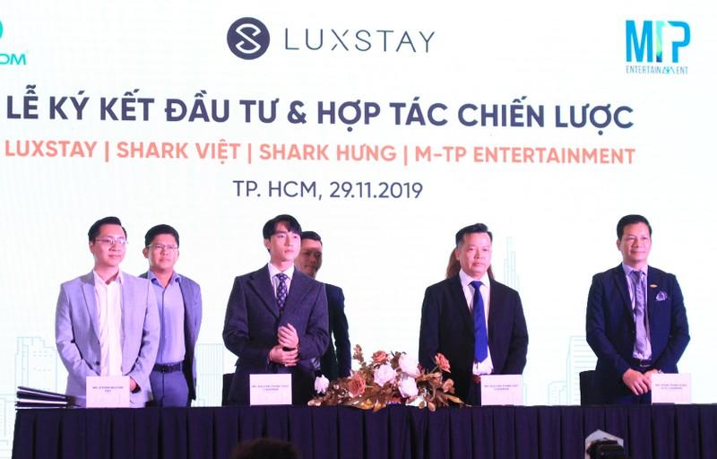 Son Tung M-TP bat tay voi Luxstay: 'Phat sung mo man' hop tac giua than tuong va startup