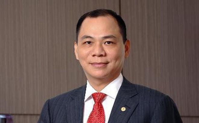 Ty phu Pham Nhat Vuong thue Boeing 787 dua nguoi Ukraine ve nuoc?