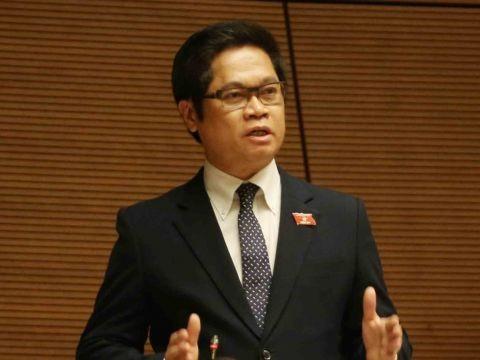 """Chu tich VCCI: """"Doanh nghiep khong xin tien, chi xin co che"""""""