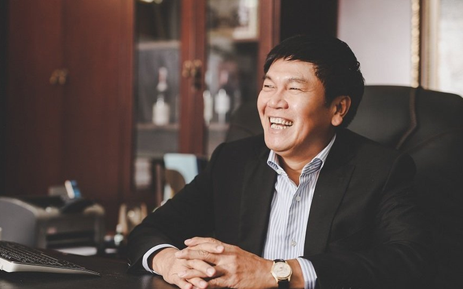 Hoa Phat tra co tuc 25%, dai gia Tran Dinh Long dut tui