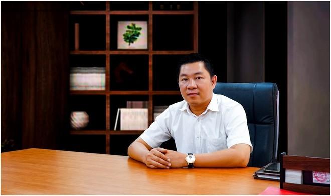 Chu tich LDG rut khoi HDQT Dat Xanh sau nhieu lum xum tai Viva Park
