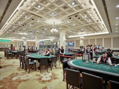Vi sao co phieu ong chu casino Quang Ninh RIC tang tran 12 phien lien tiep du kinh doanh am dam?