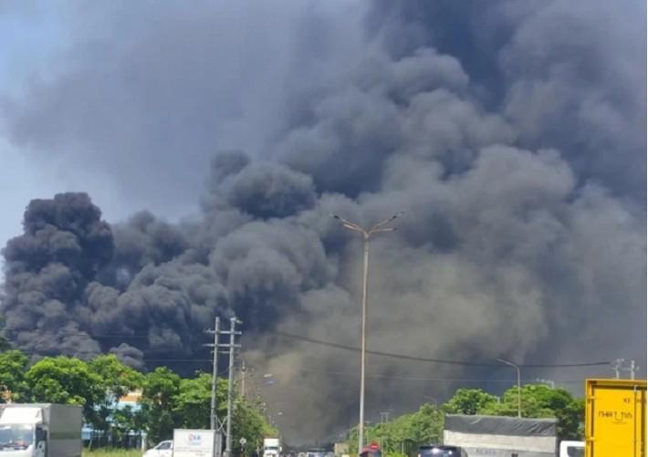 Cổ phiếu HSG của Hoa Sen vẫn tăng tốc sau vụ hỏa hoạn