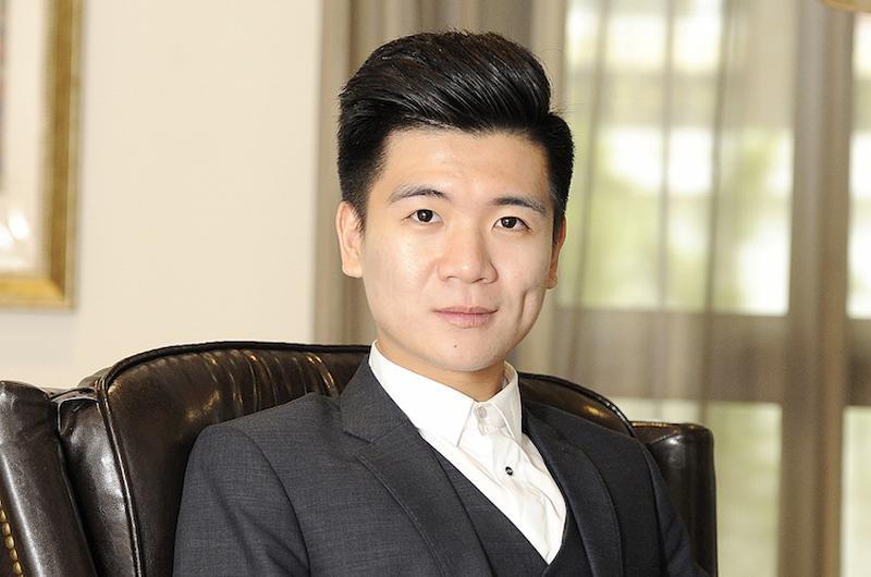 Con trai lon cua bau Hien chi 15 ty gom 500.000 co phieu SHB