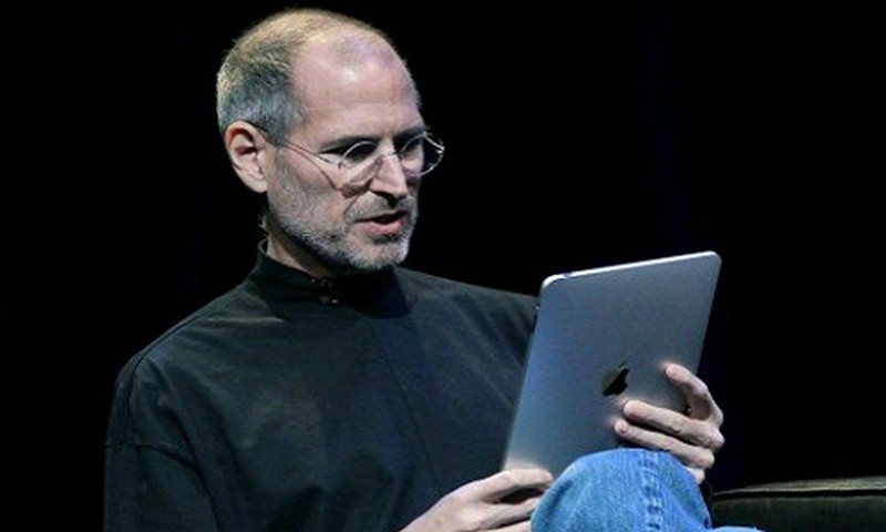 iPhone ra doi vi... Steve Jobs xung dot voi nhan vien Microsoft