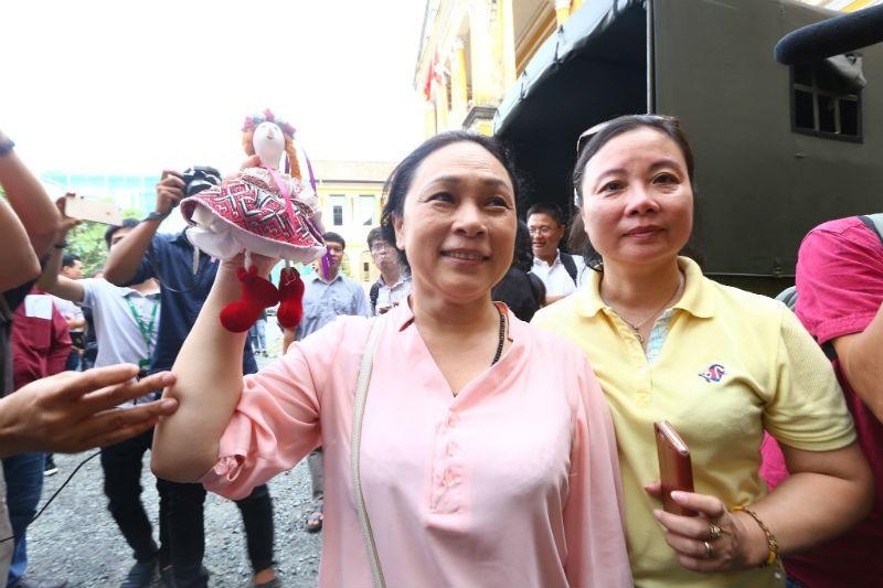 Vu Phuong Nga: Vi tham phan di den cung su that-Hinh-5