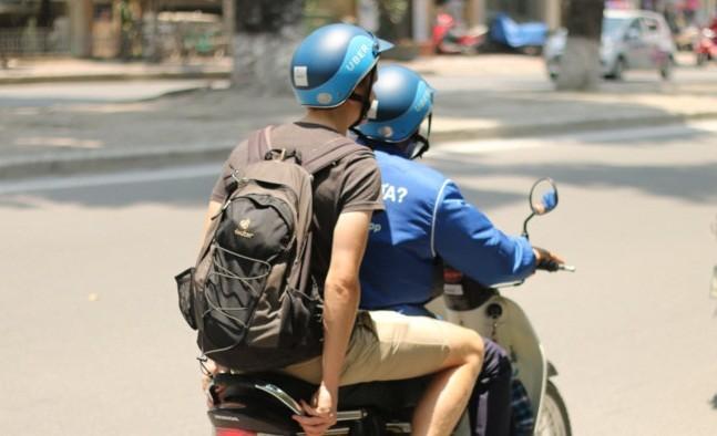 Taxi, xe om truyen thong chao dao the nao tu khi co Uber, Grab?-Hinh-3