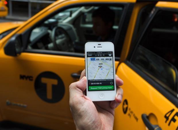 Taxi, xe om truyen thong chao dao the nao tu khi co Uber, Grab?