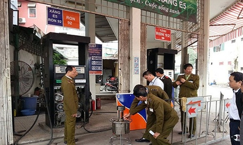 "Nhung vu kinh doanh xang ""ban"" gay soc o Viet Nam-Hinh-5"