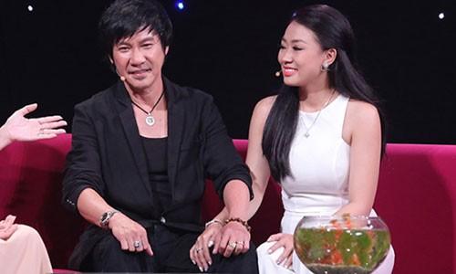 Chong cu danh hai Kieu Oanh cong khai vo moi kem 20 tuoi-Hinh-2