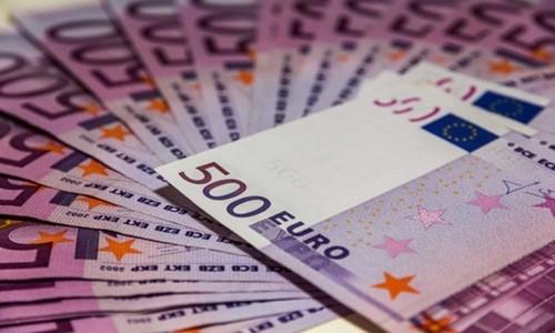Chau Au sap dung phat hanh dong 500 Euro