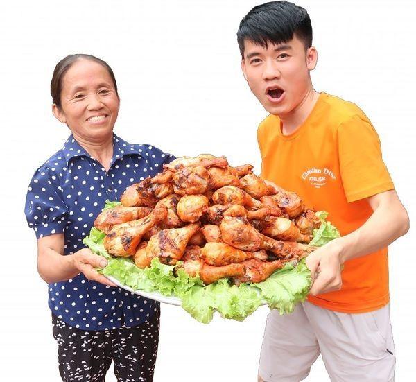 Ba Tan Vlog vuot moc 1 trieu nguoi dang ky theo doi-Hinh-2