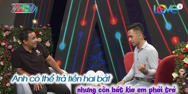Thanh nien 'ki keo 3 bat pho' tiep tuc livestream to bi chuong trinh cat ghep