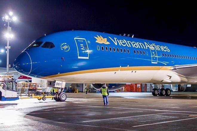 Vietnam Airlines thua nhan chuyen bay lui gio de cho mot nguoi