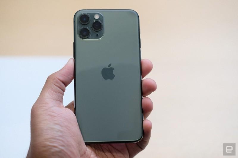 Can canh sieu pham iPhone 11 Pro, Pro Max tu 1.449 USD-Hinh-4