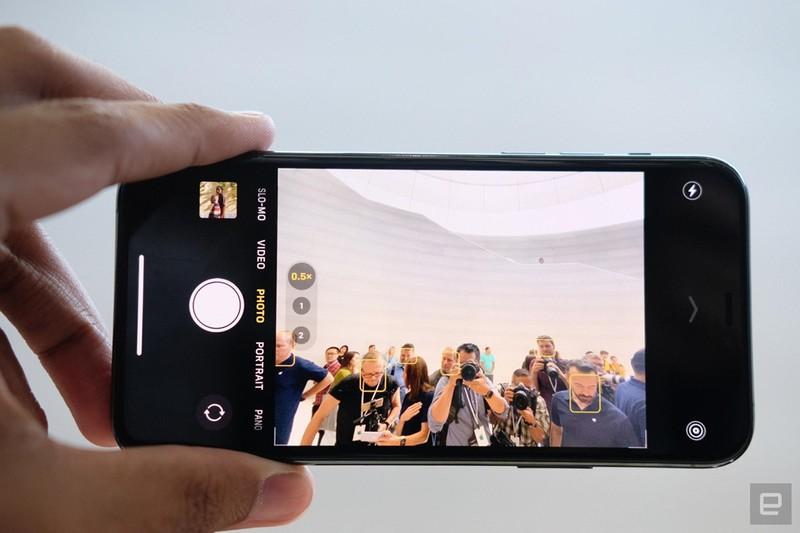 Can canh sieu pham iPhone 11 Pro, Pro Max tu 1.449 USD-Hinh-7